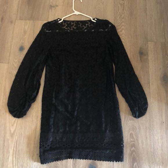 Laundry By Shelli Segal Dresses & Skirts - Laundry by Shelli Segal black lace dress. Size 2